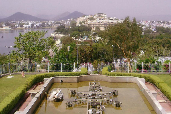 Musical-Fountain-Udaipur-tourist-places-list-best-tour-company-in-udaipur-rajasthan