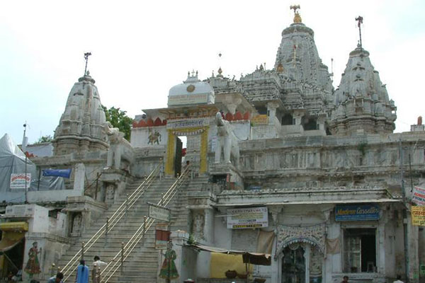 jagdish-temple-udaipur-site-seen-list-best-tour-company-in-udaipur-rajasthan