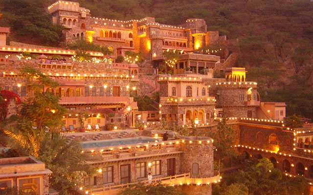 places-to-visit in-rajasthan-and-tourist-destinations-best-tour-&-travel-comapany-in-udaipur