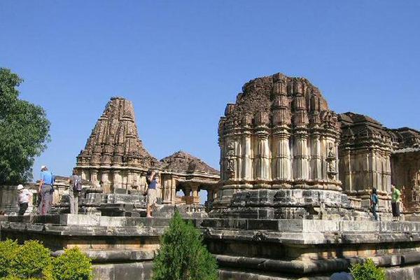 sas-bahu-temple--udaipur-tourist-places-list-best-tour-company-in-udaipur-rajasthan